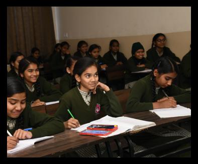 Smiling-Girl-Student
